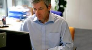 10 April BBC News editor to leav